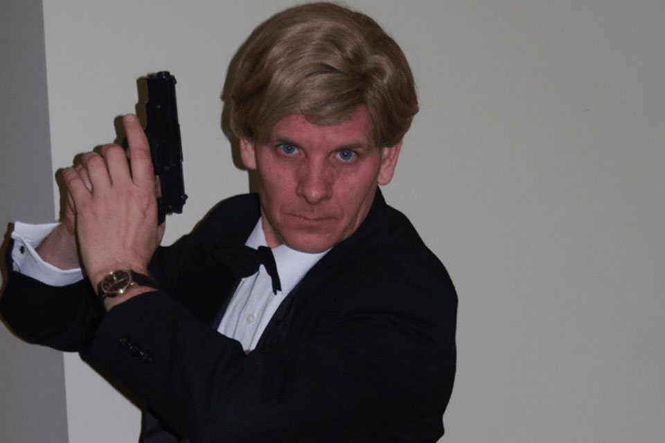 Mission Implausible - Master Spy James Blond